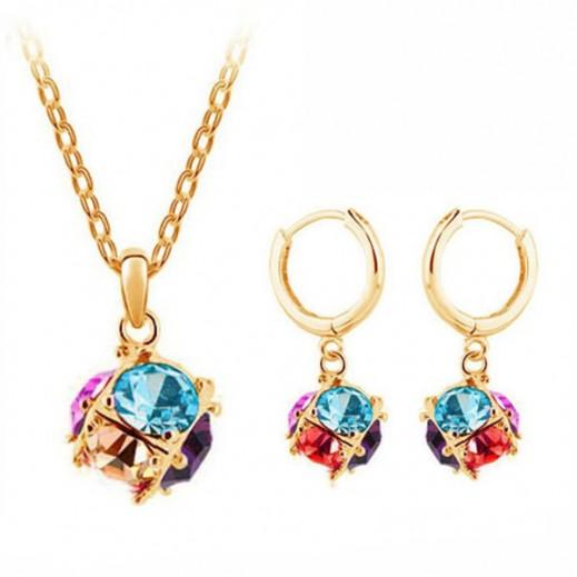 هيلن – طقم مجوهرات مطلي بالذهب 18 قيراط ومرصع بالكريستال النمساوي موديل M00071