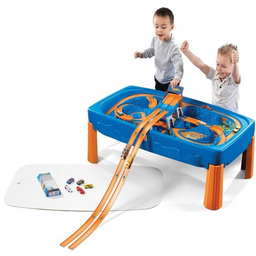 Step2 Hot Wheels Car & Track Circuit - delivered by Shahaleel
