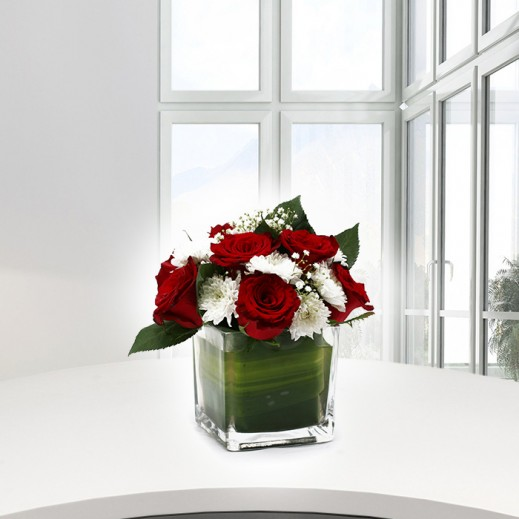 Mix Flowers in a Vase - delivered by A&K FLOWERS