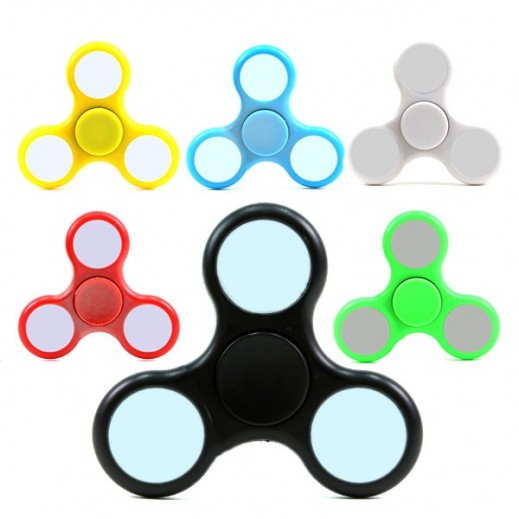 Tri-Fidget (Hand Spinner) Plastic With LED Lights