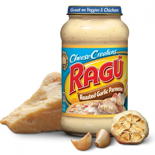 Ragu Cheese Creations Roasted Garlic Parmesan Sauce 680 g