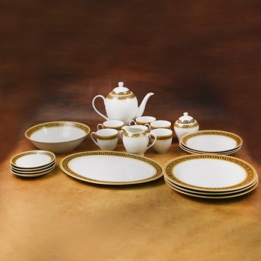 Procelain Dinner Set Black and Gold- 47 Pieces
