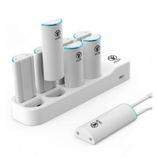 M2K Charge Station 8 × 2,600 mAh Micro USB & Lightning Cable – White