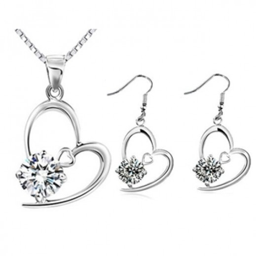 Nixon Silver Plated Love Shaped Jewellery Set