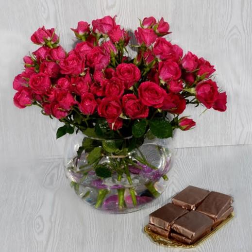 باقة زهور بيبي روز وردية - يتم التوصيل بواسطة Covent Palace
