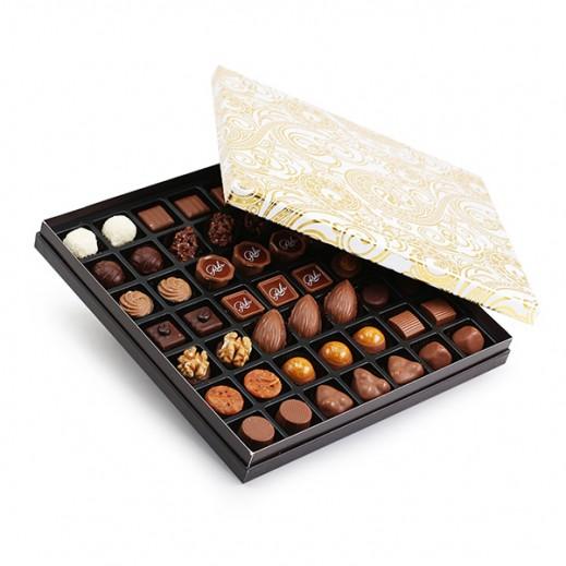 شوكولاتة رور - علبة شوكولاتة مُميزة 40 قطعة (ذهبي / أبيض) - يتم التوصيل بواسطة Chocolates Rohr Geneve