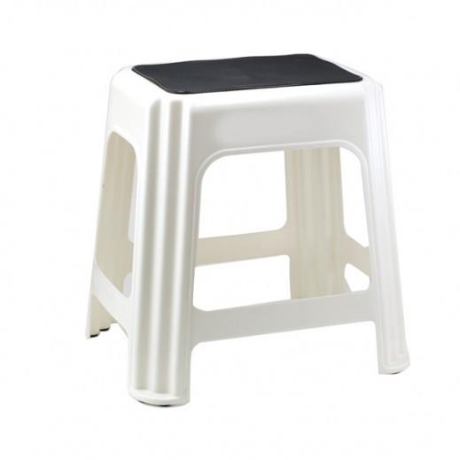 جيجان بلاستيك - كرسي غير متزلق _ لون كريمي في أبيض