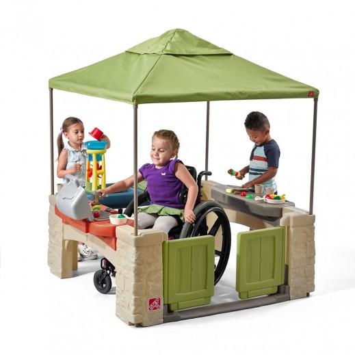 ستيب 2 – فناء الألعاب للأطفال مع مظلة – أخضر - يتم التوصيل بواسطة Shahaleel