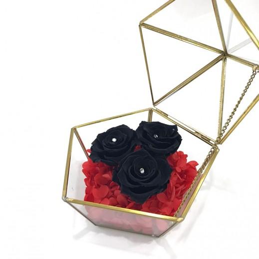 الزهور الخالدة السوداء - يتم التوصيل بواسطة Flowerrique