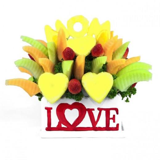 فواكه الحب اللذيذة - يتم التوصيل بواسطة Fruit Art