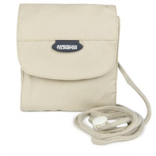 أميركان توريستر – حقيبة رقبة لحفظ المتعلقات الصغيرة (بيج)