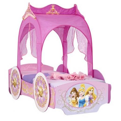 سرير أطفال بتصميم حافلة ديزني  - يتم التوصيل بواسطة Taby Group