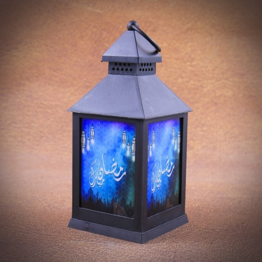 فانوس رمضان مضئ مع الشموع - أسود وأزرق
