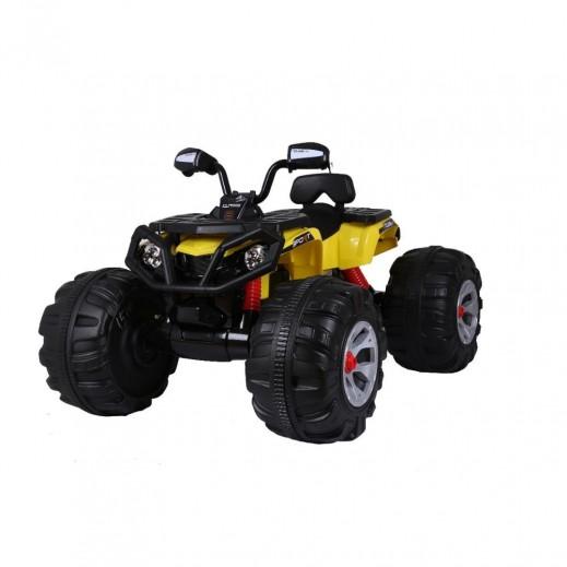 """دراجة رباعية باجي """"اكستريم بريديتور"""" للأطفال قابلة للشحن ببطارية 12 فولت - أصفر - يتم التوصيل بواسطة Click Toys"""