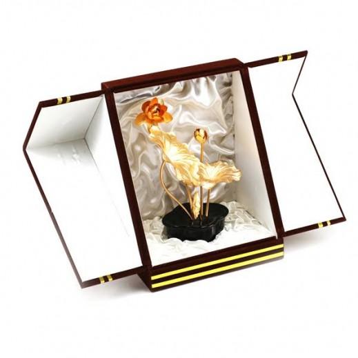كيو بيست – باقة ورد ثلاثية الأبعاد من ورق الذهب عيار 24  (18 سم)