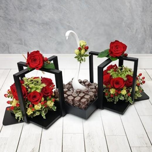 باقة ورد أحمر مع البيبي روز  - يتم التوصيل بواسطة Flowerrique