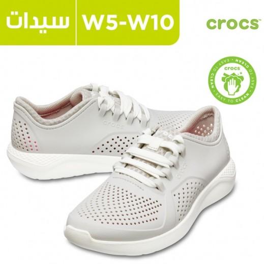 كروكس للسيدات أبيض - حذاء لايت رايد بايسر