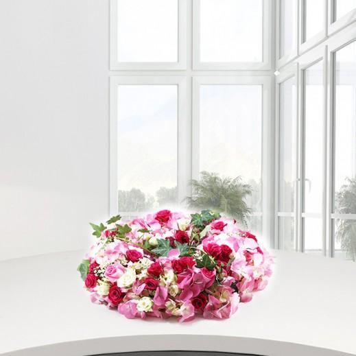 باقة دائرية من الورود المتنوعة - يتم التوصيل بواسطة ورود A&K