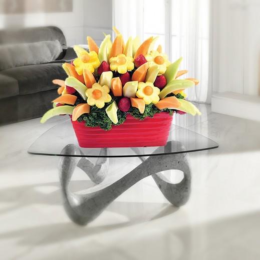 باقة فواكه الربيع الساحرة - يتم التوصيل بواسطة Fruit Art