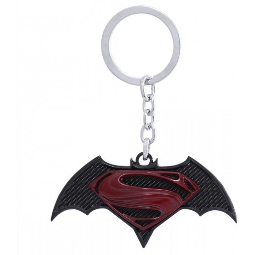 علاقة مفاتيح سوبرمان VS باتمان