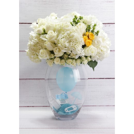 باقة من زهور للمولود الجديد (ولد) - يتم التوصيل بواسطة Gate Of Flowers