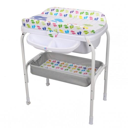 (ذا كيدوز - طاولة تغيير الحفاضات والحمام بتصميم أقدام صغيرة  - (حديثى الولاده