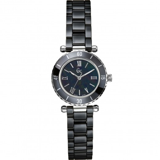 """جي سي - """"مينى شيك"""" ساعة يد للنساء - يتم التوصيل بواسطة Beidoun"""