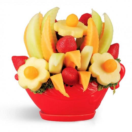 باقة الحفل المبهج - يتم التوصيل بواسطة Fruit Art