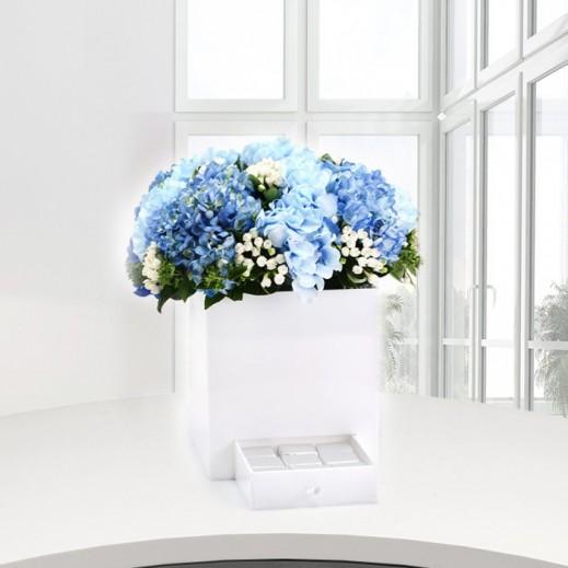 زهور الهيدرنجا الزرقاء - يتم التوصيل بواسطة Gate Of Flowers