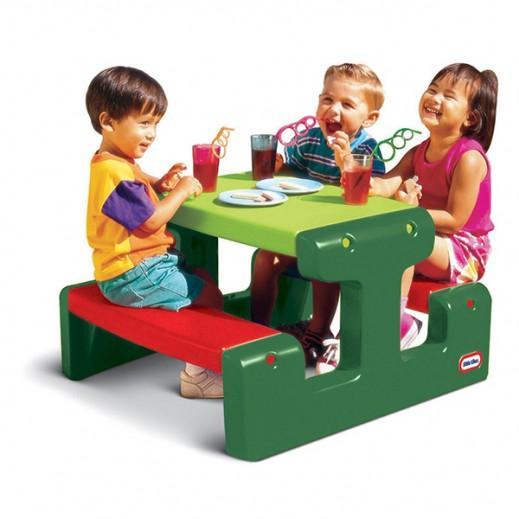 ليتل تايكس – طاولة صغيرة للأطفال – أخضر /أحمر - يتم التوصيل بواسطة Safari House