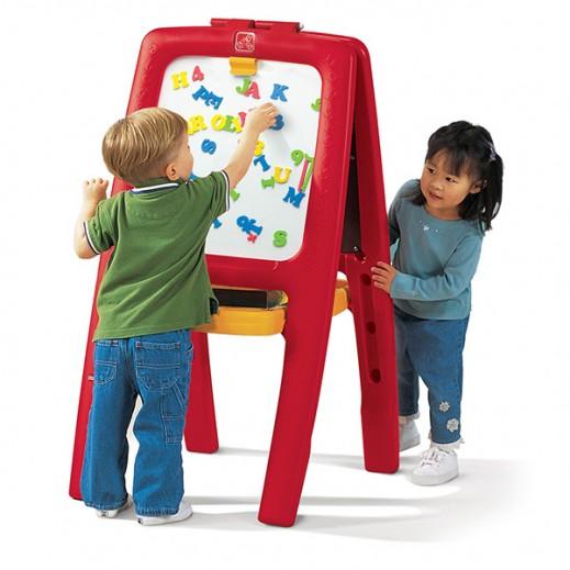 ستيب2 – حامل أدوات الرسم بوجهين – لون أحمر  - يتم التوصيل بواسطة شهاليل بعد 2 يوم عمل
