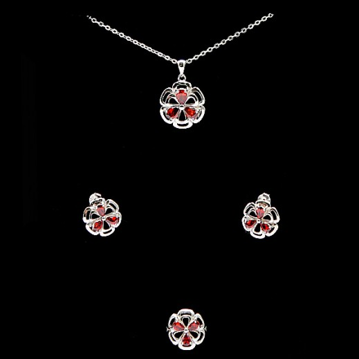 دبليو.إم - طقم مجوهرات مطلي بالفضة السويسرية الخالصة ومرصعة بالزركون والأحجار الحمراء - مقاس 7 (موديل A19380)