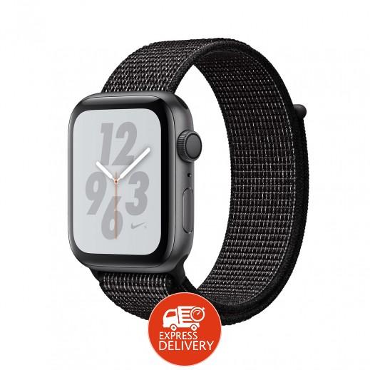 ساعة أبل ووتش سلسلة Nike+ الفئة 4 قياس 40 مم مع GPS وإطار ألمونيوم رمادي مع حزام رياضي أسود