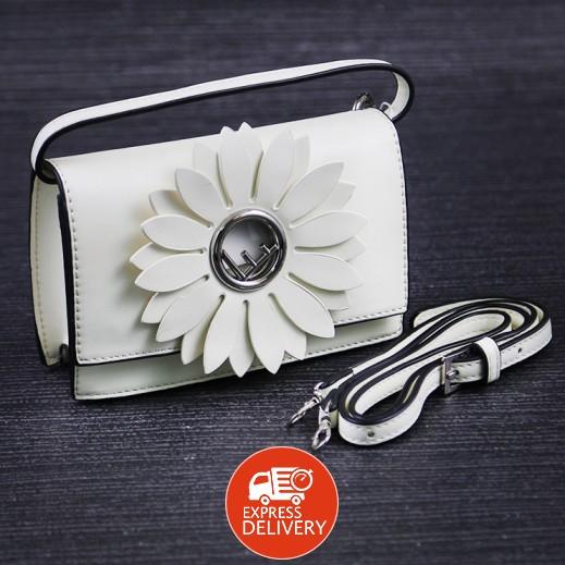 سارة – حقيبة كتف جلد - أبيض