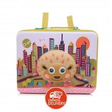 3bc3336e80249 أوبس - حقيبة يد مدرسية ثلاثية الأبعاد بتصميم المدينة